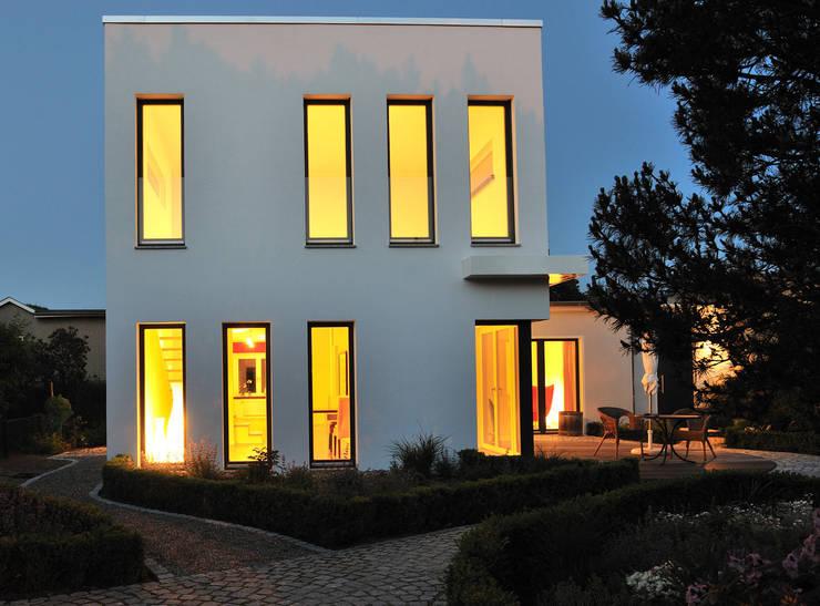 vom schrebergartenhaus zum traumhaus f r unter euro. Black Bedroom Furniture Sets. Home Design Ideas
