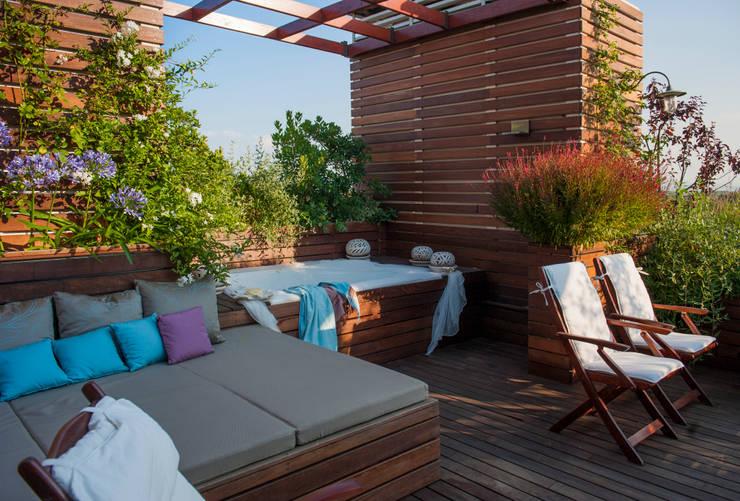 den sommer genie en mit balkon terrasse und garten. Black Bedroom Furniture Sets. Home Design Ideas