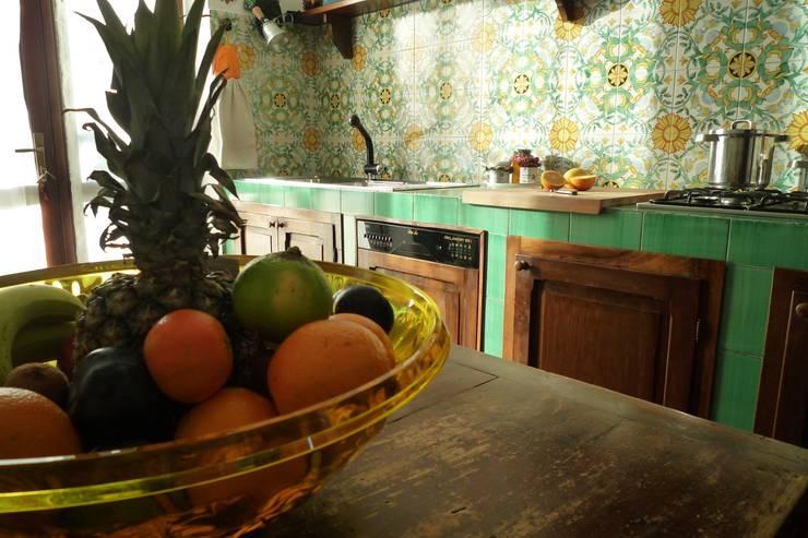 Salotto Con Camino Pietra Viva E Veranda Interior Design : Cucine in ...