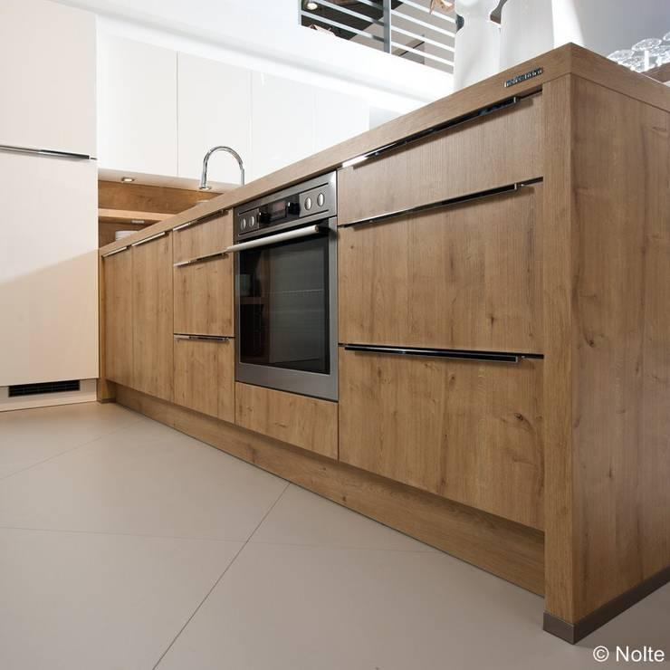 k chen massivholzk chen von lignum schreinerei gmbh homify. Black Bedroom Furniture Sets. Home Design Ideas