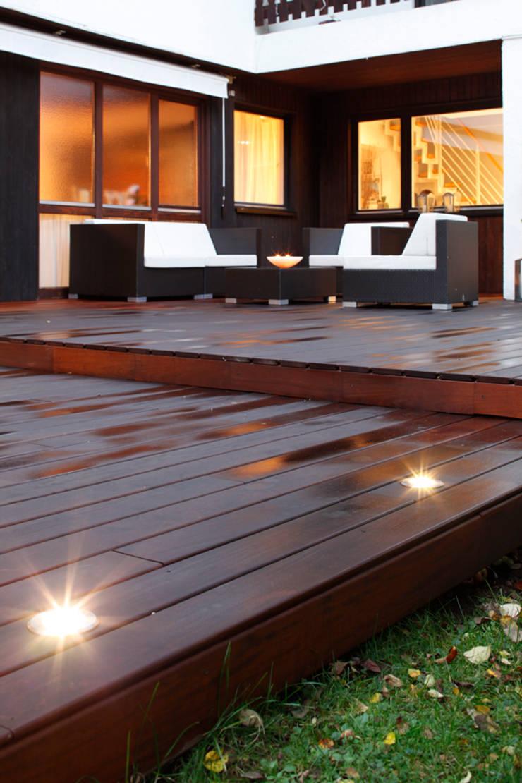 holzterrassen mit integrierter beleuchtung von bs. Black Bedroom Furniture Sets. Home Design Ideas