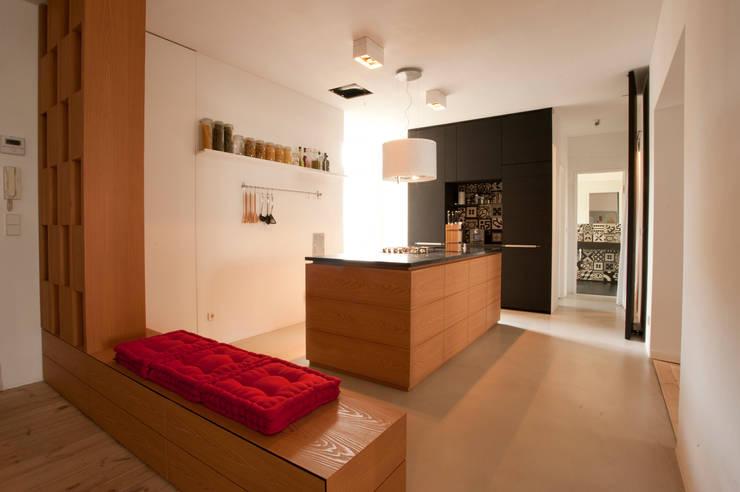 privatwohnung berlin kreuzk lln von b ro f r interior design homify. Black Bedroom Furniture Sets. Home Design Ideas