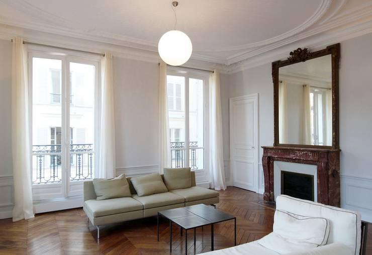 appartamenti e loft a parigi con stile. Black Bedroom Furniture Sets. Home Design Ideas