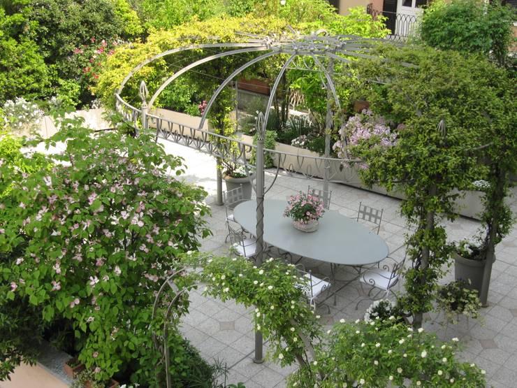 Homify for Progettazione giardini milano