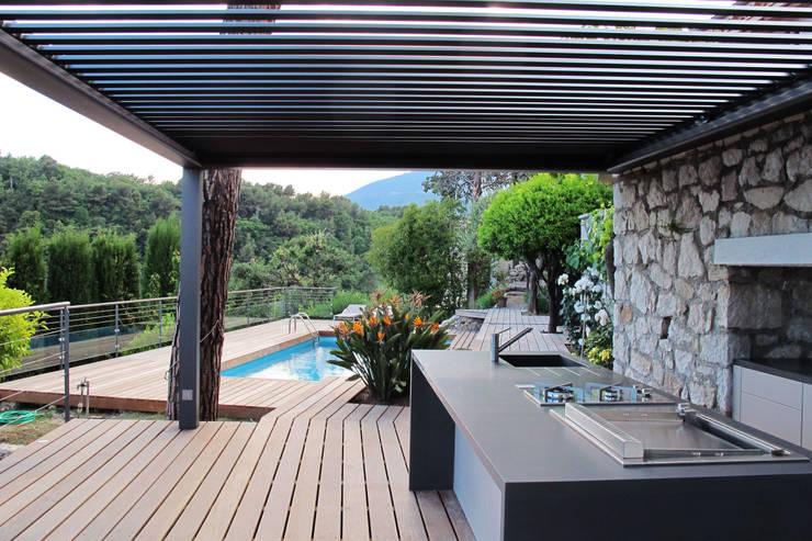 Terrazas de estilo translation missing: mx.style.terrazas.moderno por INSIDE Création
