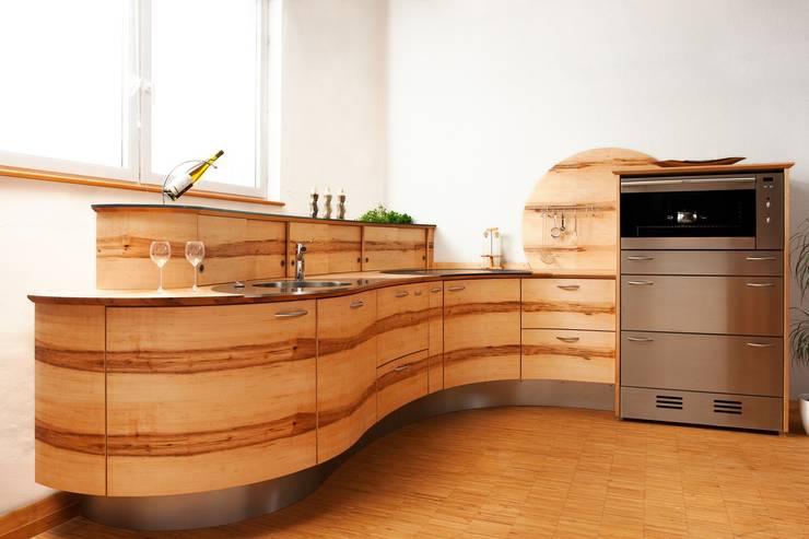 Originele Keuken Opgebouwd Met Blokken : moderne Keuken door Pfister ...