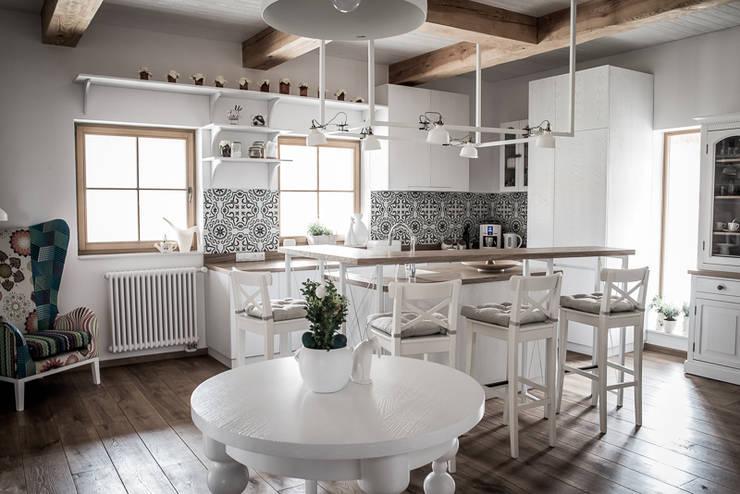 11 najpiękniejszych rustykalnych kuchni! -> Kuchnia Z Kafelki