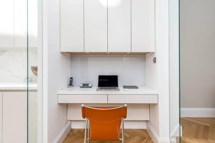 moderne Arbeitszimmer von CATO creative