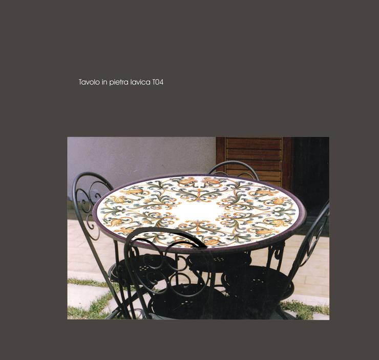 Tavolo in pietra lavica maiolicata di ceramiche militello homify - Tavolo in pietra giardino ...