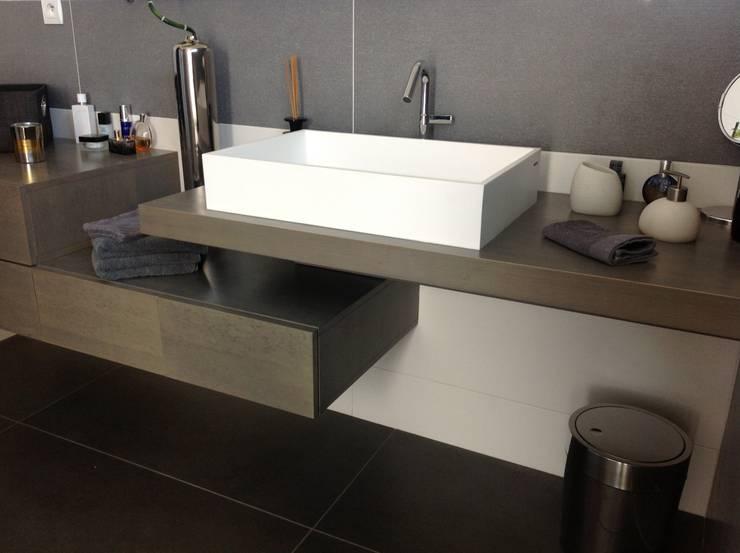 10 kleine badkamers met een slimme indeling - Winkelruimte met een badkamer ...