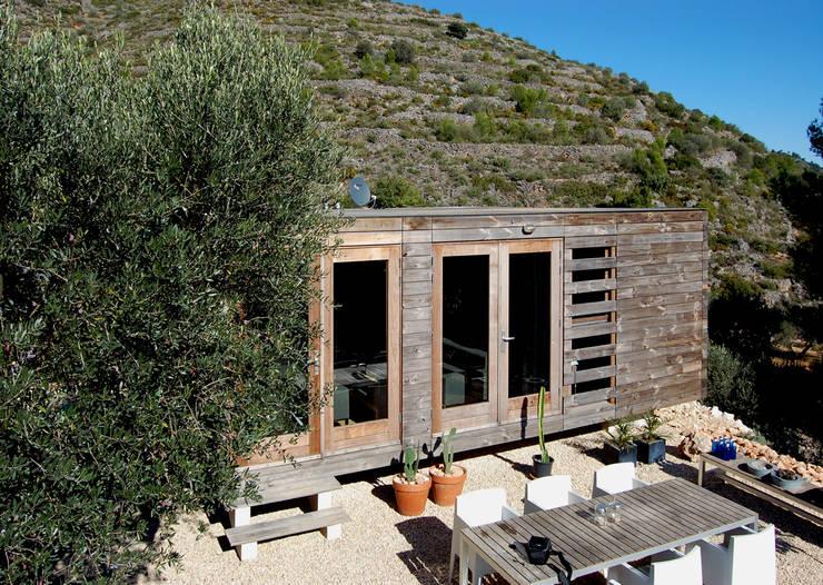 Prototipo de vivienda unifamiliar prefabricada con jurgen for Vivienda unifamiliar arquitectura