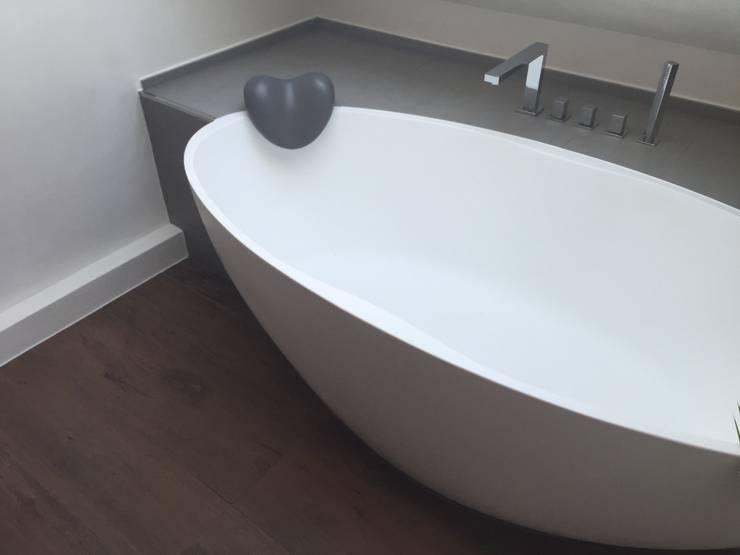 einbau dokumentation eines badeloft kunden anhand der freistehenden badewanne bw 04 von badeloft. Black Bedroom Furniture Sets. Home Design Ideas
