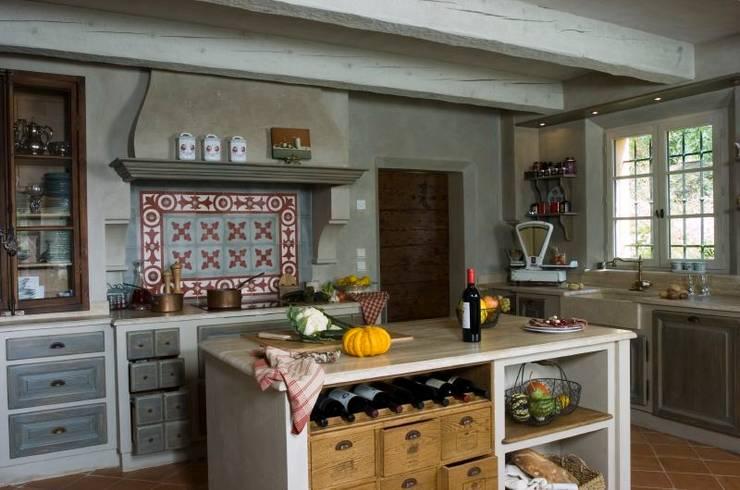 cuisines de ateliers poivre d 39 ane homify. Black Bedroom Furniture Sets. Home Design Ideas