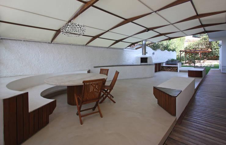 Homify 360 la ristrutturazione di una casa in stile for Avere una casa costruita sulla terra
