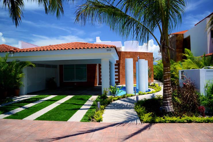 6 cocheras y porches dise ados por arquitectos mexicanos - Ideas para casas modernas ...