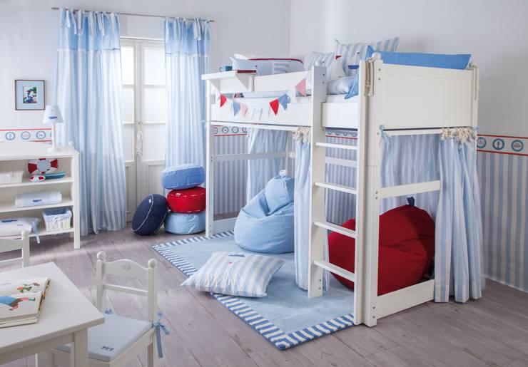 segelboot von annette frank gmbh homify. Black Bedroom Furniture Sets. Home Design Ideas