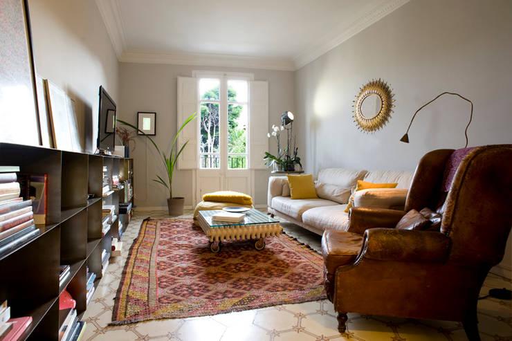 Interiorismo con encanto para un piso peque o - Interiorismo pisos pequenos ...