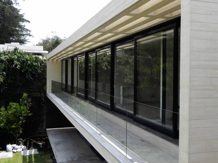 Ventanas para casas modernas 10 dise os fabulosos for Diseno casas modernas rectangulares