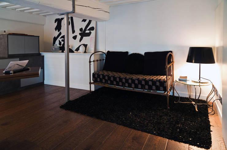 r novation d un appartement de canut en duplex lyon croix rousse par stellati r novation homify. Black Bedroom Furniture Sets. Home Design Ideas