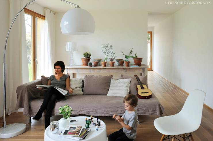 un cube de bois modulable souhait. Black Bedroom Furniture Sets. Home Design Ideas