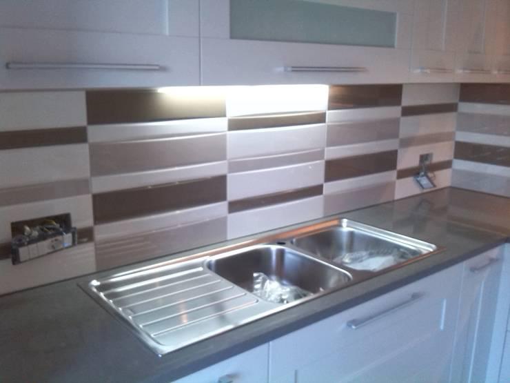 Le piastrelle per cucina moderne e utili - Piastrelle da rivestimento cucina ...
