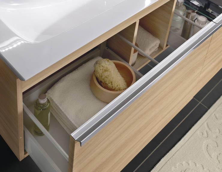 naturstein und holz das bad mit nat rlichen materialien einrichten. Black Bedroom Furniture Sets. Home Design Ideas