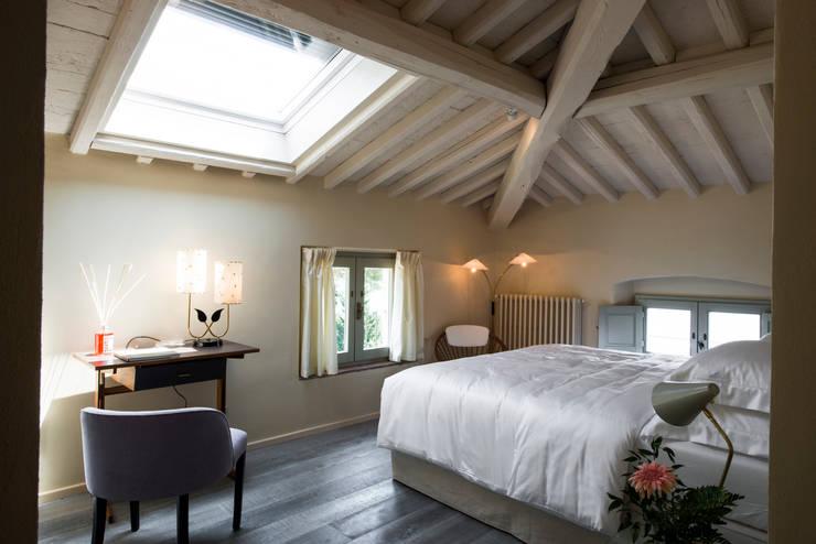 homify 360°: lo stile provenzale-moderno di una villa padronale