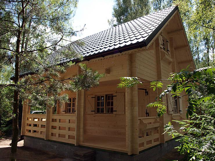 Chalet modello lori 19 di casedilegnosr homify for Piani casa bungalow bassa campagna