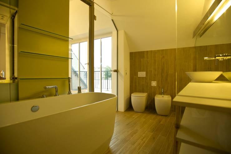Baños Estilo Ajedrez:Antes y después: de piso común a vivienda de diseño futurista