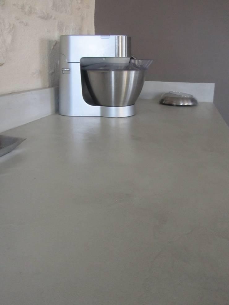 le beton cire dans toute la maison par catherine pendanx. Black Bedroom Furniture Sets. Home Design Ideas