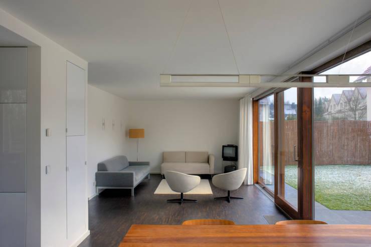 h user der zukunft. Black Bedroom Furniture Sets. Home Design Ideas