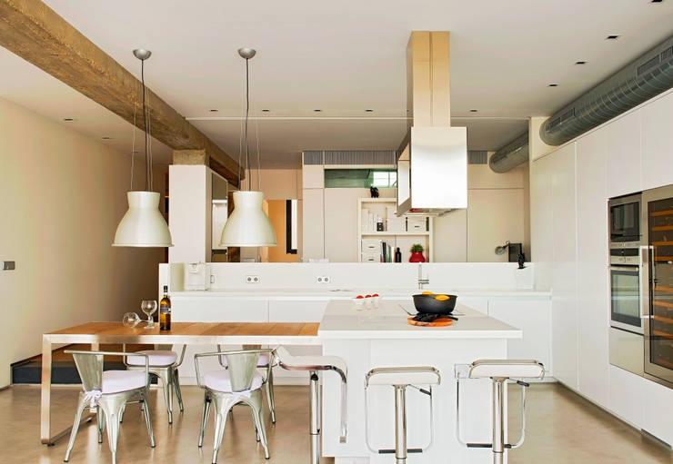 6 manieren om de keuken van de woonkamer te scheiden - Opening tussen keuken en eetkamer ...