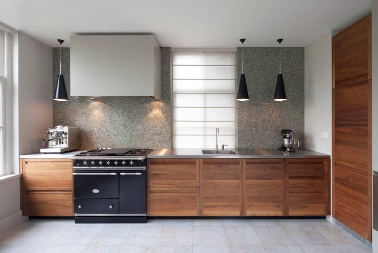 Eiken Keuken Bewerken : Tien houten keukens