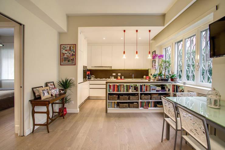 38 idee su come dividere sala da pranzo soggiorno e cucina for Sala da pranzo moderna immagini