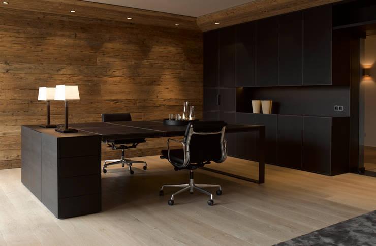 8 coole einrichtungsideen in schwarz. Black Bedroom Furniture Sets. Home Design Ideas