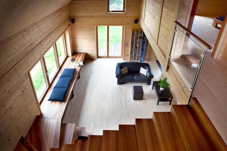 Maisons de style de style Classique par Thoma Holz GmbH