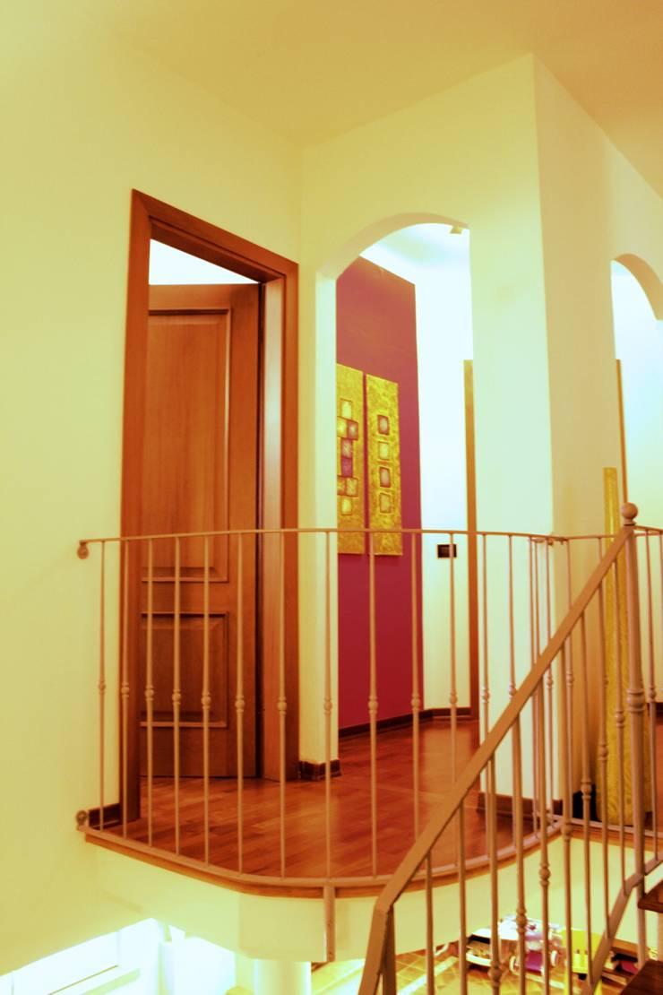 Sistemazione interni e nuova illuminazione casa di borgo di architetto lawrence flisi homify - Illuminazione casa interni ...