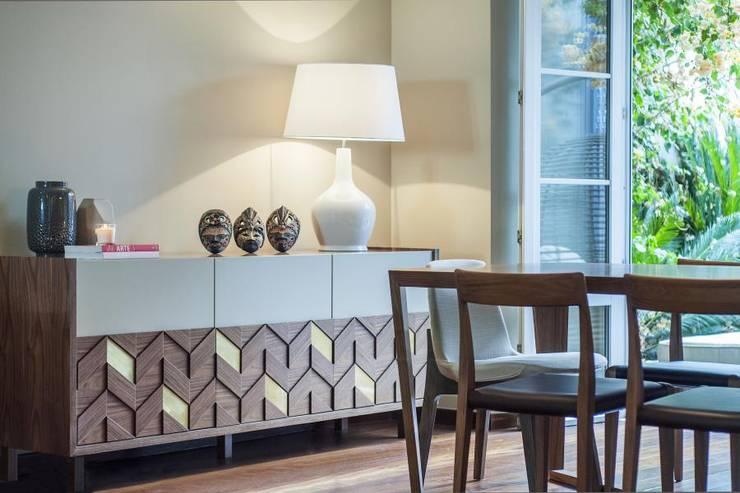 ideias de interiores decoracao de interiores lda: : Salas de estar ecléticas por Ana Rita Soares- Design de Interiores