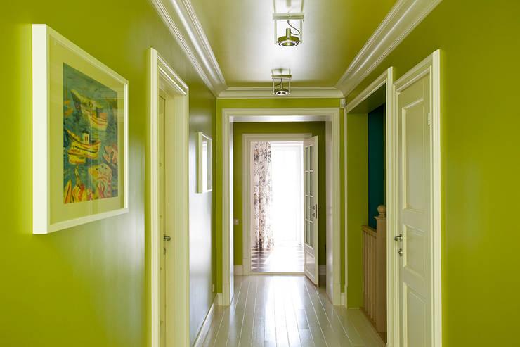 10 inspirerende voorbeelden voor de inrichting van je hal - Kleur schilderij gang ingang ...