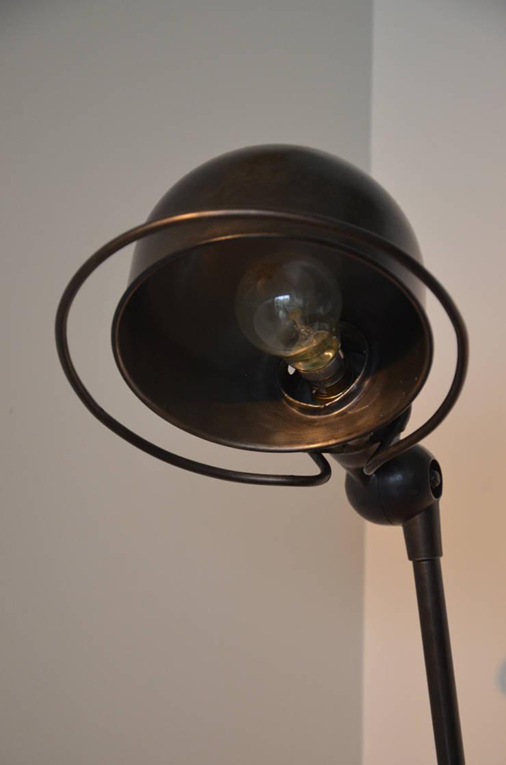 Lampes et luminaires par hewel mobilier homify - Lampes jielde anciennes ...