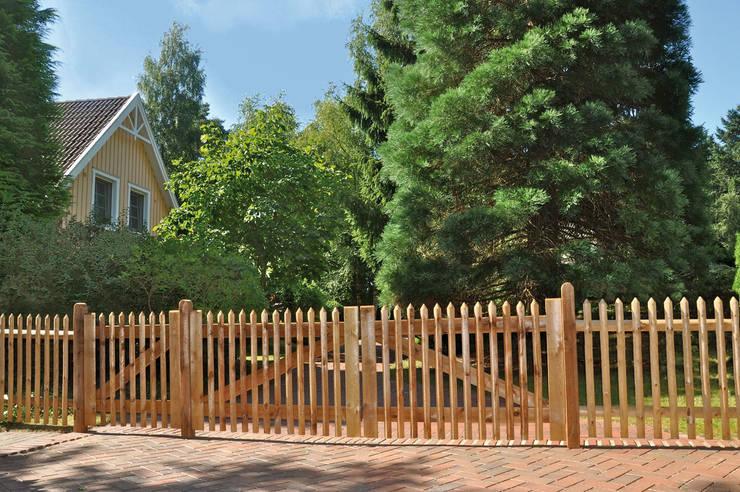 translation missing: us.style.garden-.classic Garden  by Jukom GmbH