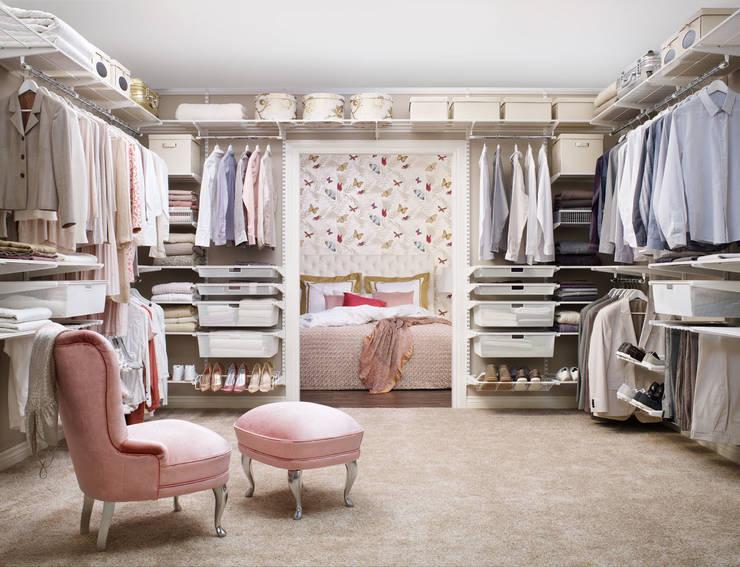 Ein Traum wird wahr: Ihr begehbarer Kleiderschrank: skandinavische Ankleidezimmer von Elfa Deutschland GmbH