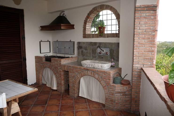 Jardines de estilo rústico por Studio di Progettazione Arch. Tiziana Franchina