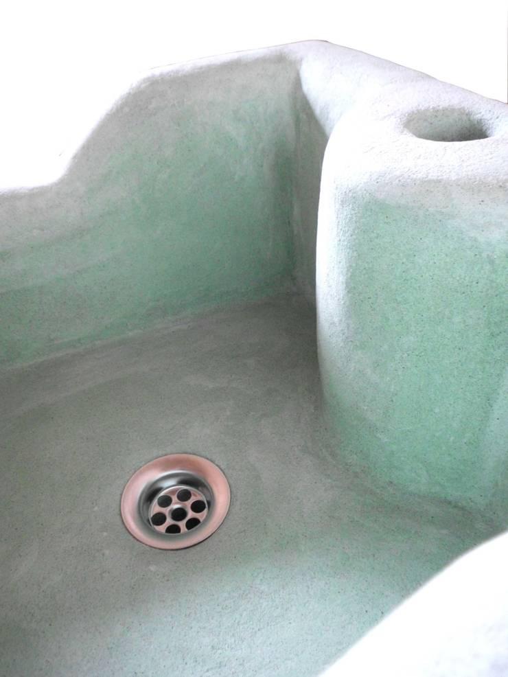 individuelle handgearbeitete waschbecken nach ma von. Black Bedroom Furniture Sets. Home Design Ideas