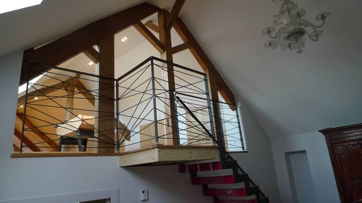 vorher nachher vom dunklen dachboden zur eleganten lounge. Black Bedroom Furniture Sets. Home Design Ideas