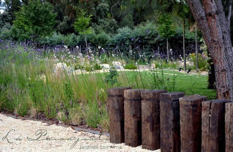 Jardin del estanque por la paisajista jardines con alma for La paisajista