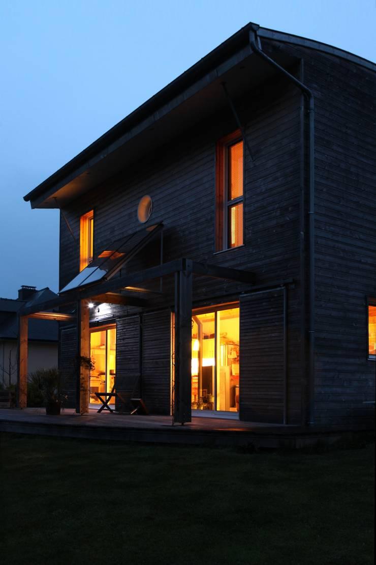 Une maison bioclimatique au coeur du pays vannetais par patrice bid - Patrice bideau architecte ...