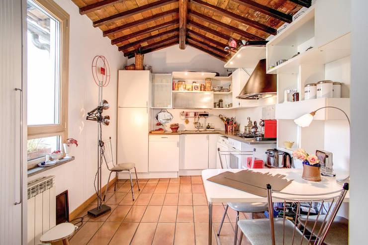 moderne Küche von MOB ARCHITECTS