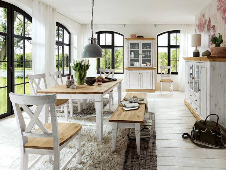 Il tavolo allungabile in legno una soluzione per tutti for Sala da pranzo veranda