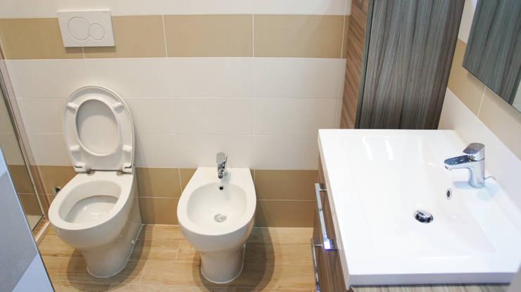 Bagno casa al mare bagno con rivestimento verde idee per - Bagno casa al mare ...